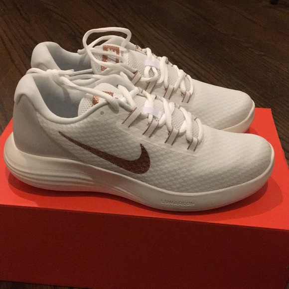 1b3511e936d Nike lunar converge white rose gold